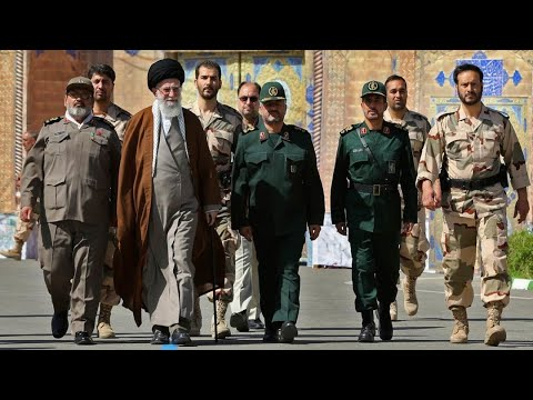 Expert: Iran Regime About to Collapse