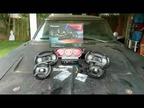 1968 Dodge Charger R/T New Stereo