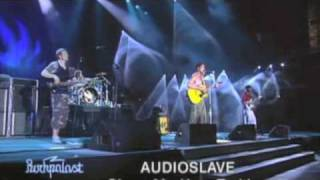 Audioslave- I Am The Highway (live)