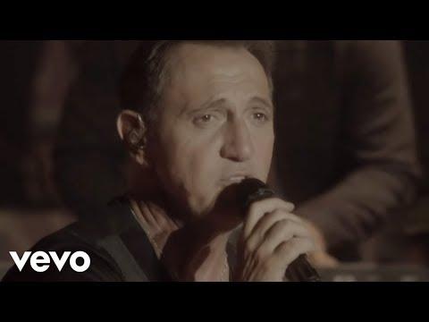 Franco De Vita - Y Tú Te Vas (Vuelve en Primera Fila - Live Version) ft. Carlos Rivera