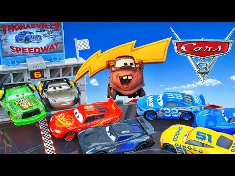 CARS 3 THOMASVILLE SPPEDWAY SMOKEY HUDSON LIGHTNING CRUZ RACE TRACK STORAGE CASE PLAYSET TOYS