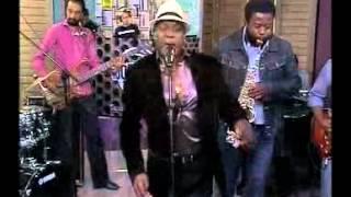 Moreira Chonguica performs live on expresso (29.03.2012) part (2)
