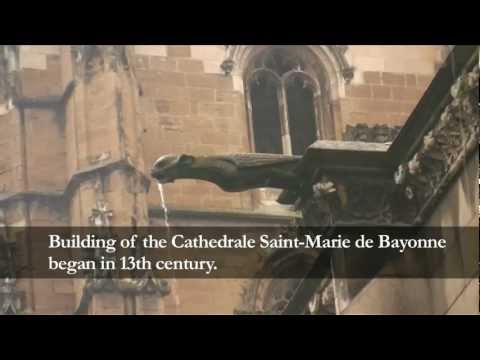 Bayonne Cathedral, France . Cloister of Cathedrale Saint-Marie de Bayonne.