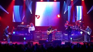 Steve Hackett - Carpet Crawlers with Ray Wilson (Glasgow May 2013)
