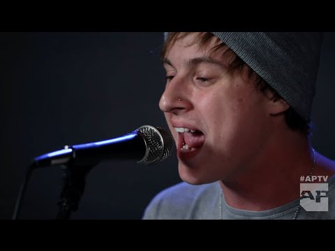 """APTV Sessions: STATE CHAMPS - """"Elevated"""" (Acoustic)"""