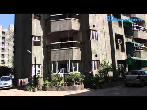 Doctors Apartment  Vasundhara Enclave  Delhi S18930