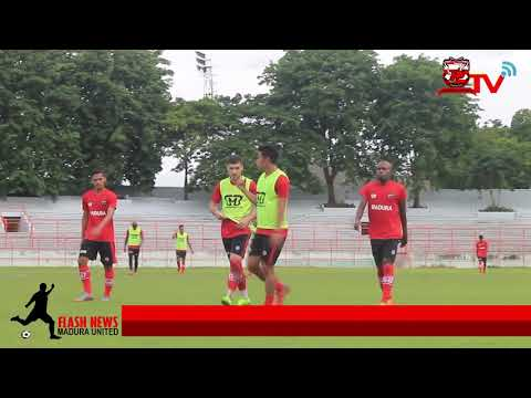Latihan Perdana OK Jhon Bersama Madura United di Stadion 10 November