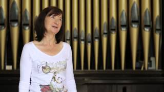 Music teacher has garden shed for her huge church organ