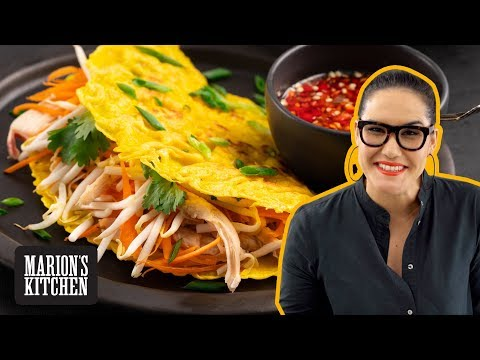 how-to-make-vietnamese-pancakes-'banh-xeo'---marion's-kitchen