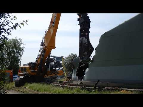 Excavator Liebherr 974 demolition oil tanks 4K video