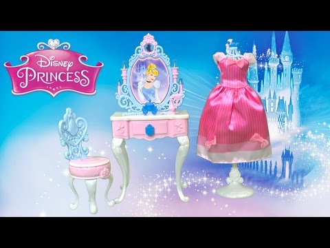Disney Princess Cinderella's Enchanted Vanity Set from Hasbro