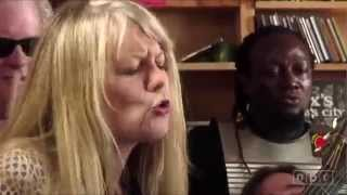 Tom Tom Club - Wordy Rappinghood (Acoustic Live Version)