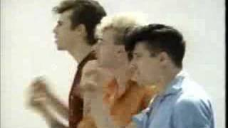 Stray Cats - Bring It Back Again