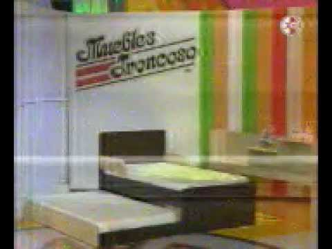 Muebles troncoso ant sorelo con 8 sillas doovi for Muebles frey recamaras