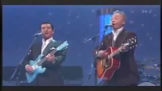 Gambar cover 夜空の星   加山雄三 & 谷村新司 (Yuzo Kayama & Shinji Tanimura)