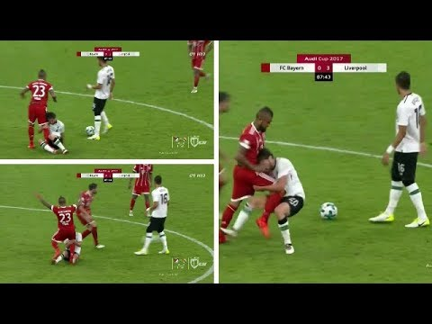 Arturo Vidal & Adam Lallana  Fight Audi Cup Bayern Munich Vs.Liverpool 01/08/2017