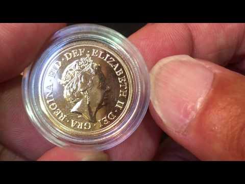 All 5 Queen Elizabeth Sovereigns