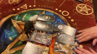 Гадание на картах Таро «Боится ли любимый человек потерять вас?»