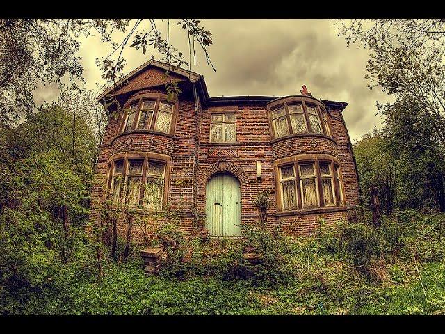 ABANDONED HOUSE (stuff left behind)