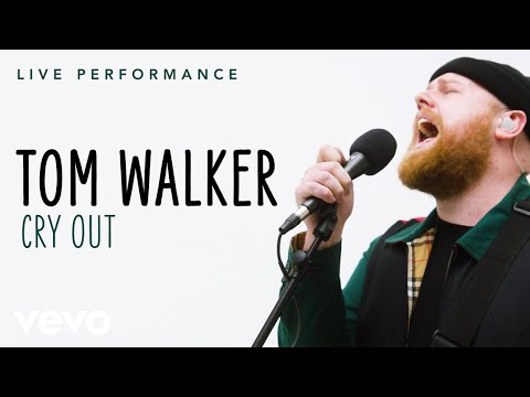 """Tom Walker - """"Cry Out"""" Live Performance 