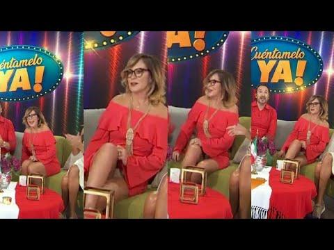 Roxana Castellanos Upskirt Blancos ♥️ thumbnail