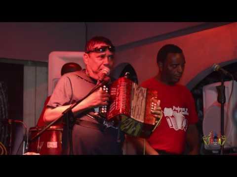 Don Urelio - El Maestro Pedron Y Su Conjunto Tipico - Rumba Deluxe Bar And Lounge Santo Domingo