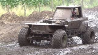 Autoblubbering Lemelerveld Mud Mania 2017 Grande 4x4