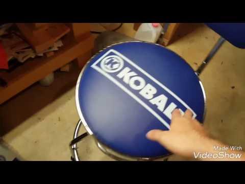 Kobalt Stool