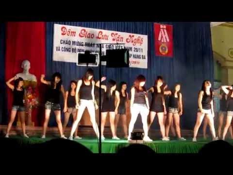 Aerobic & Nhảy Hiện đại - 12i THPT Hùng Vương.MOV