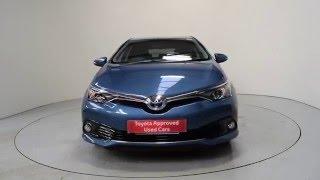 Nearly New 2015 Toyota Auris   Toyota Auris Blue Hybrid   Shelbourne Motors   IXZ1606