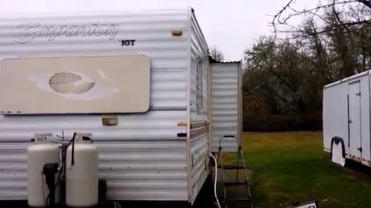 My Rv Slide Out Is Leaking In Rain Water How To Fix