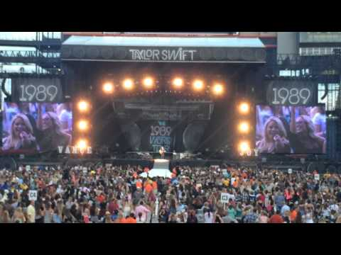 I wish you would taylor swift 1989 tour Gillette stadium night 2 from YouTube · Duration:  41 seconds