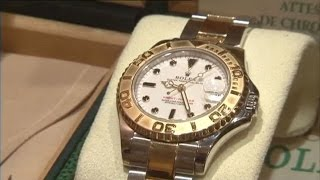 Luxury Watches : long live the bling bling! - How much does it cost ? TF1