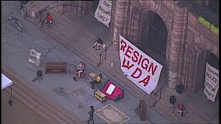 Protesters camp out at St. Louis City Hall want mayor's resignation