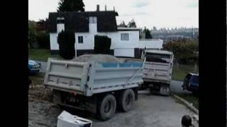 Dump truck unloading