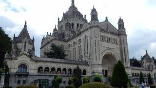 Normandie-7   Basilique Ste Thérèse de Lisieux  (Normandie)