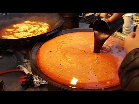 매운오뎅-떡볶이---명동-서울-tteokbokki-spicy-rice-cake-spicy-fish-cake-seoul-south-korea---korean-food-4k