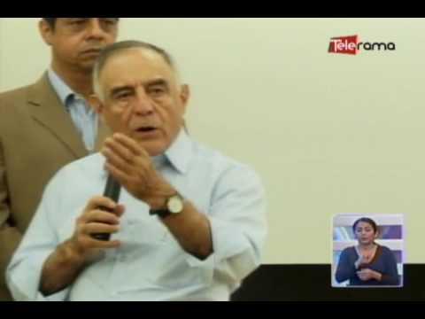 Paco Moncayo presenta plan de gobierno