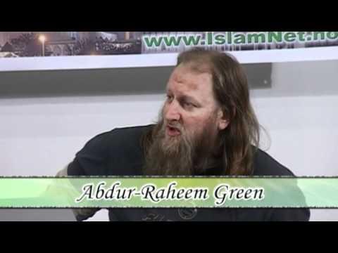 Why do media and Norwegians hate Islam so much? - Abdur-Raheem Green
