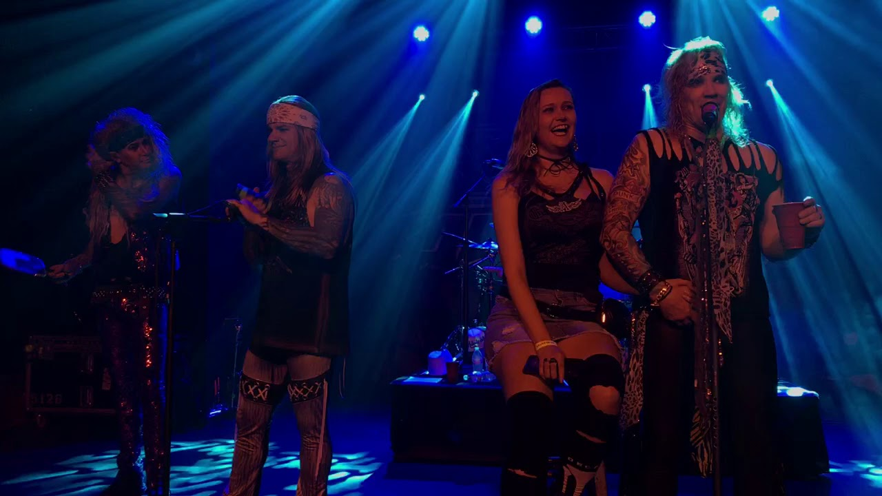 Steel Panther: Girl From Oklahoma - YouTube