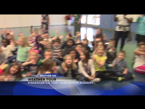 Rob Fowler visits the Kindergarten Classes at Fort Dorchester Elementary School