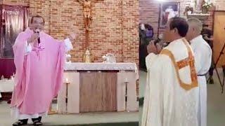 Cha Long cầu nguyện và Thánh Lễ Chúa nhật tại Úc ngày 15/12/2019