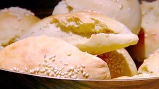 الخبز الغربي - إيمان عماري