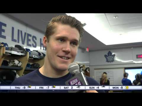 Video: Maurie helps get the Maple Leafs in the Christmas spirit