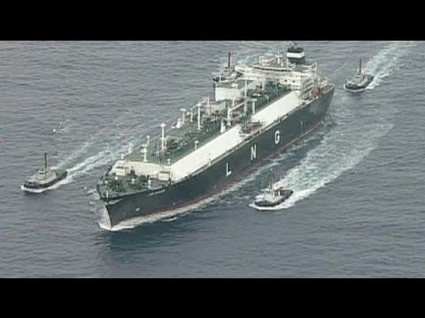 Global warming opens new shipping lane through Arctic