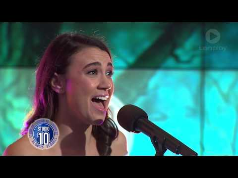 Download Youtube: Samantha Dodemaide Performs 'Somewhere Over The Rainbow' | Studio 10