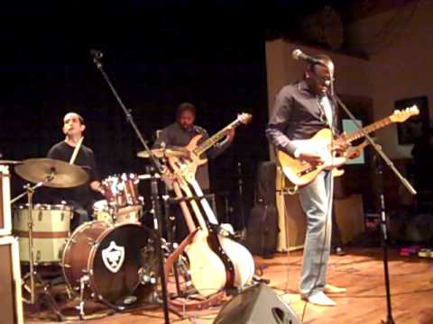 ~ The Lucky and Tamara Peterson Band  with Joe Louis Walker ~