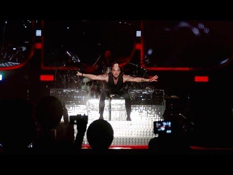 Robbie Williams - Let Me Entertain You /live/ @ Sziget Festival 2015, Budapest, 10.08.2015