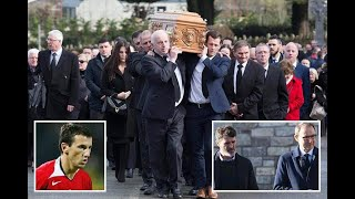 Roy Keane & Martin O'Neill join mourners at Man U star Liam Miller funeral  - 247 News