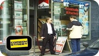 Harter Türsteher | Zwerg geht baden - Comedystreet mit Simon Gosejohann